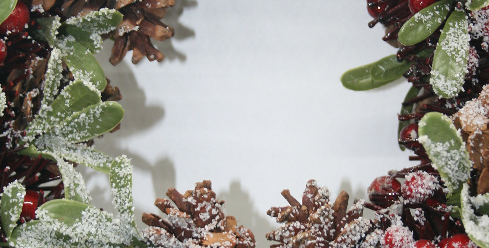 Frosted Snow Woodland Berry Wreath