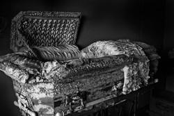 ph_baby_coffin