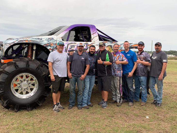 Pro Mega Truck Racers
