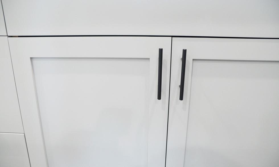 cabinet_fixtures.jpg