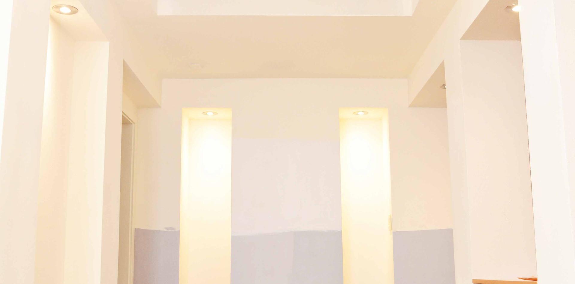 entry_lighting.jpg
