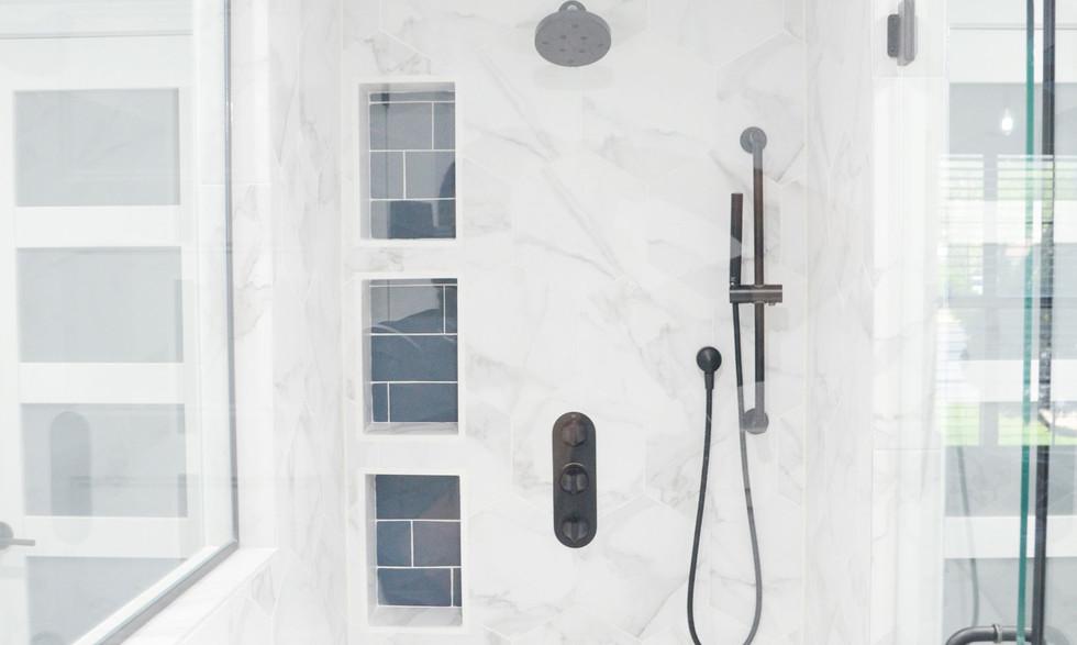 shower_inside.jpg