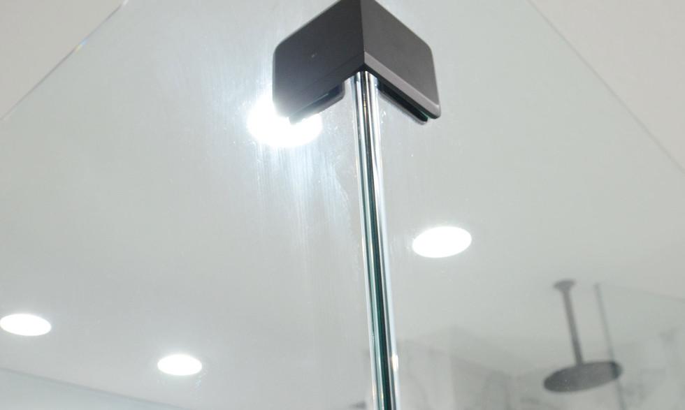 shower_glass.jpg
