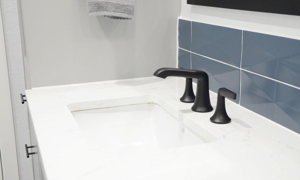 sink_and_countertop.jpg