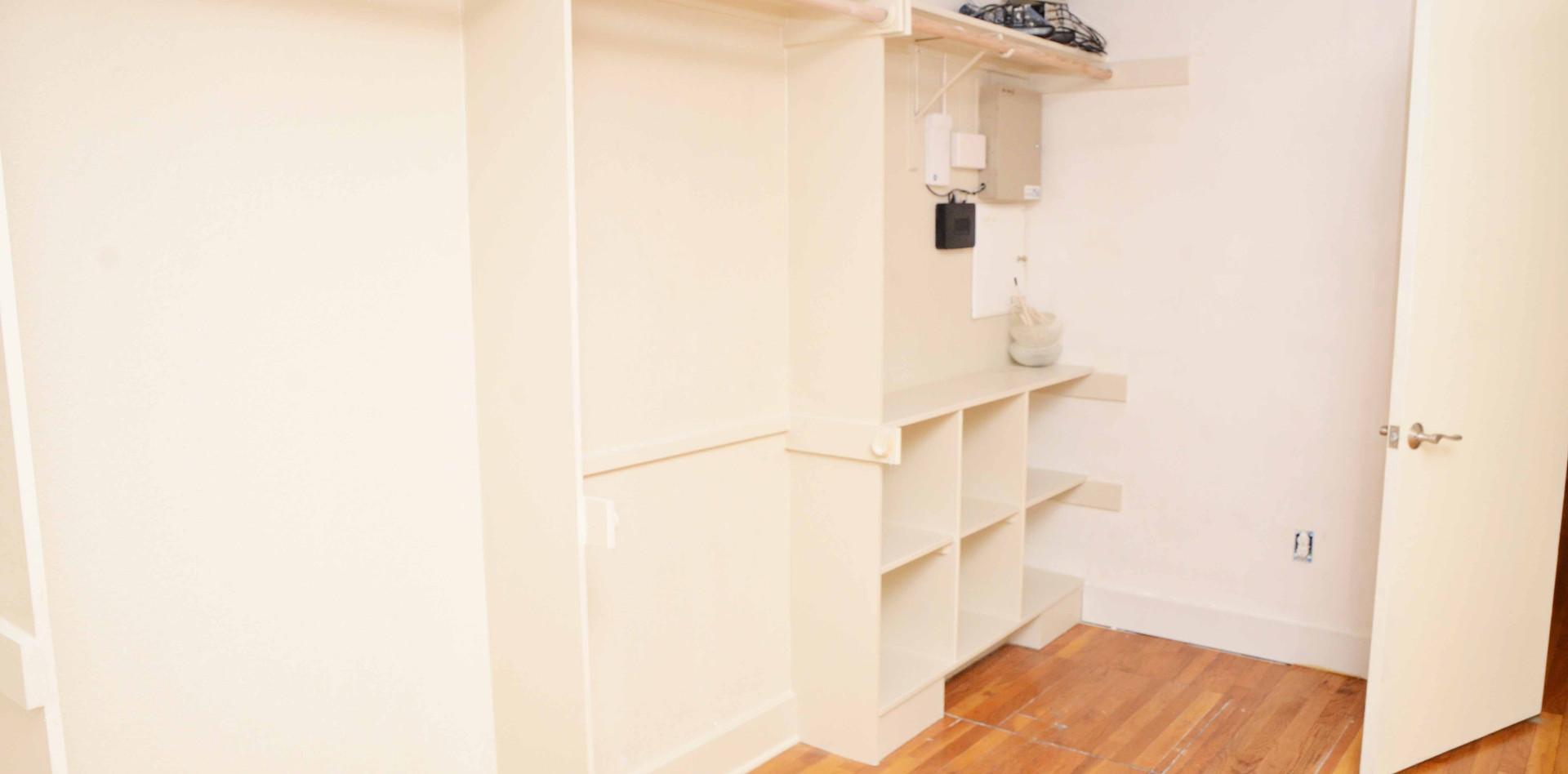 book_shelves.jpg