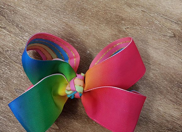Fade in,  rainbow Boutique Bow