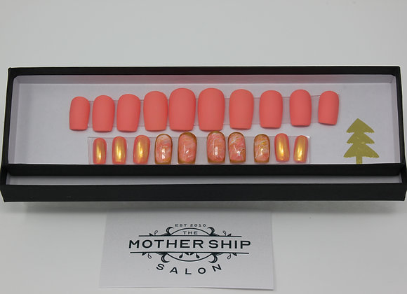 26 Nail Set In light Coral, marble, and golden bubble