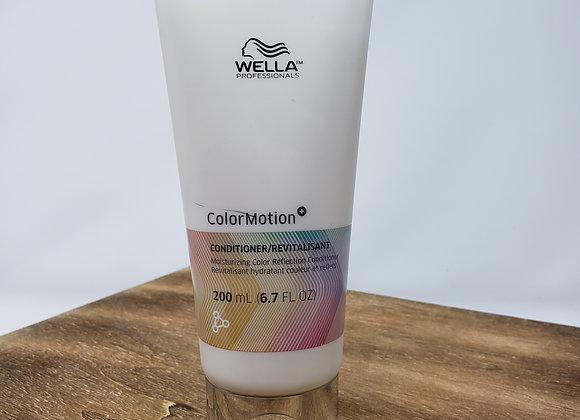 Wella: Moisturizing Color Reflection Conditioner