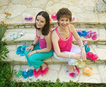 Image of Leslie Dinstman & Danielle, Pezzel