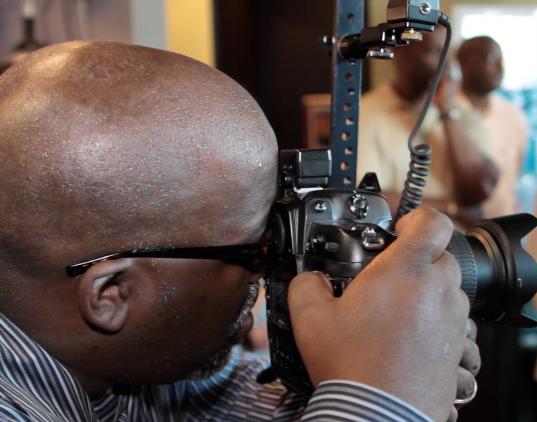 Professional-Black-Photographer.png