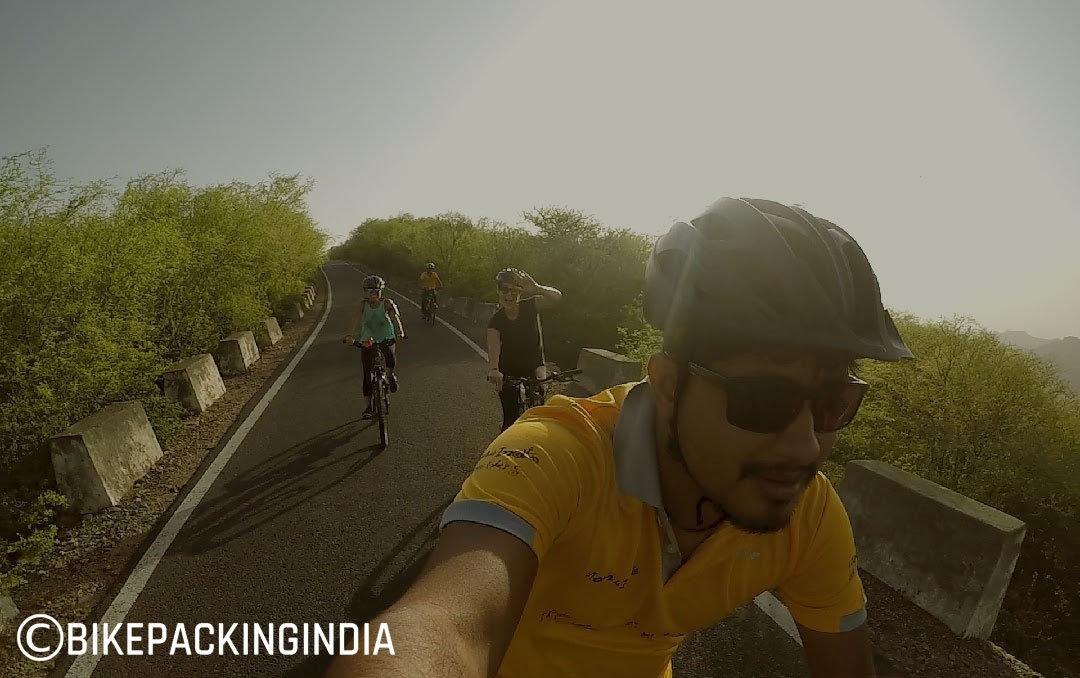 Jaipur Downhill / Gravity Tour