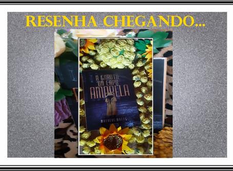 A Garota da Capa Amarela