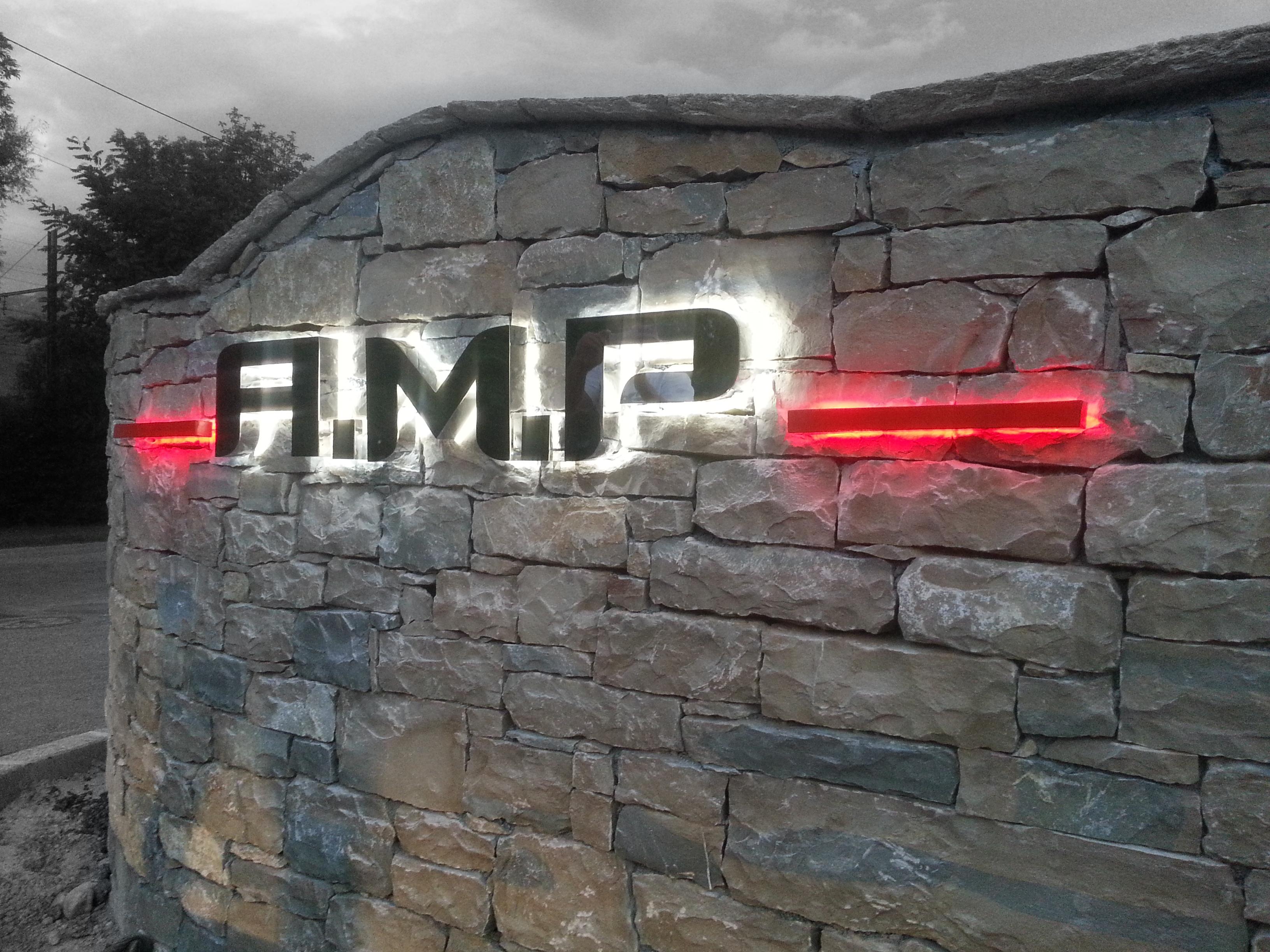 Enseigne lumineuse AMP