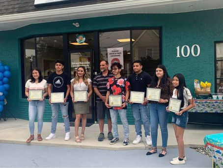 """Congratulations to all students who received the """"Latino Leadership Scholarship"""" by the HHC"""