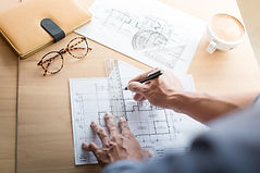 arquitecto-creativo-que-proyecta-grandes