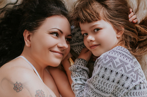 Ema ja tütar.jpg