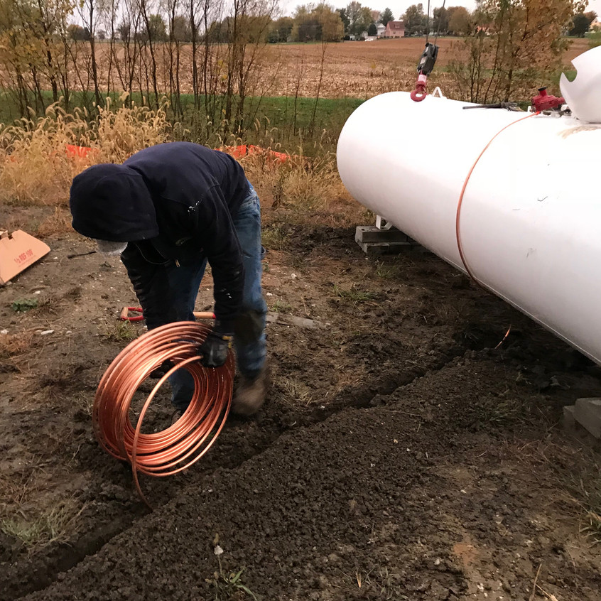 2017_10_27 Propane tank and copper line