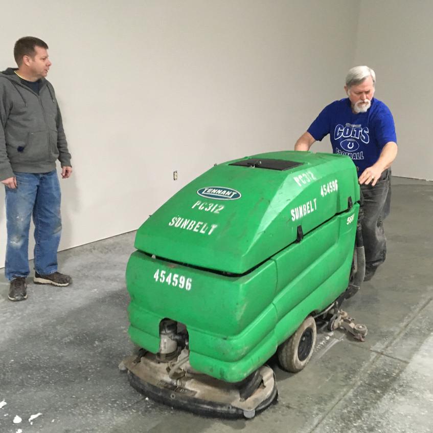 2017_12_02 Cleaning shop floor 1