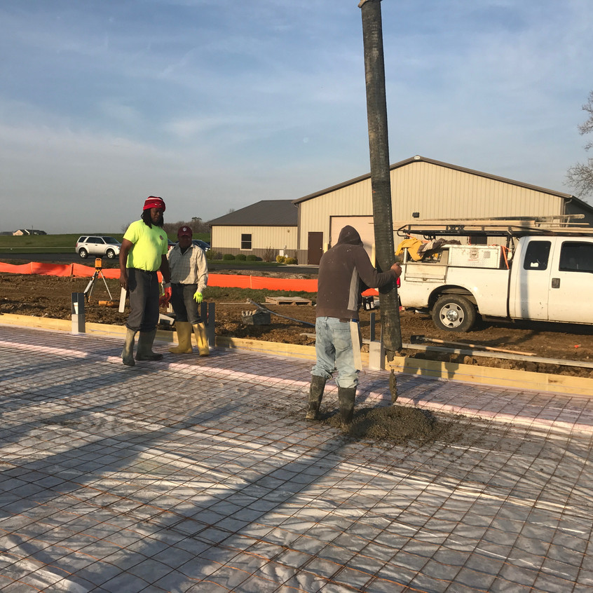 2017_04_17 First concrete for floor