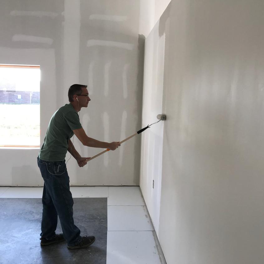 2017_09_26 Scott painting office