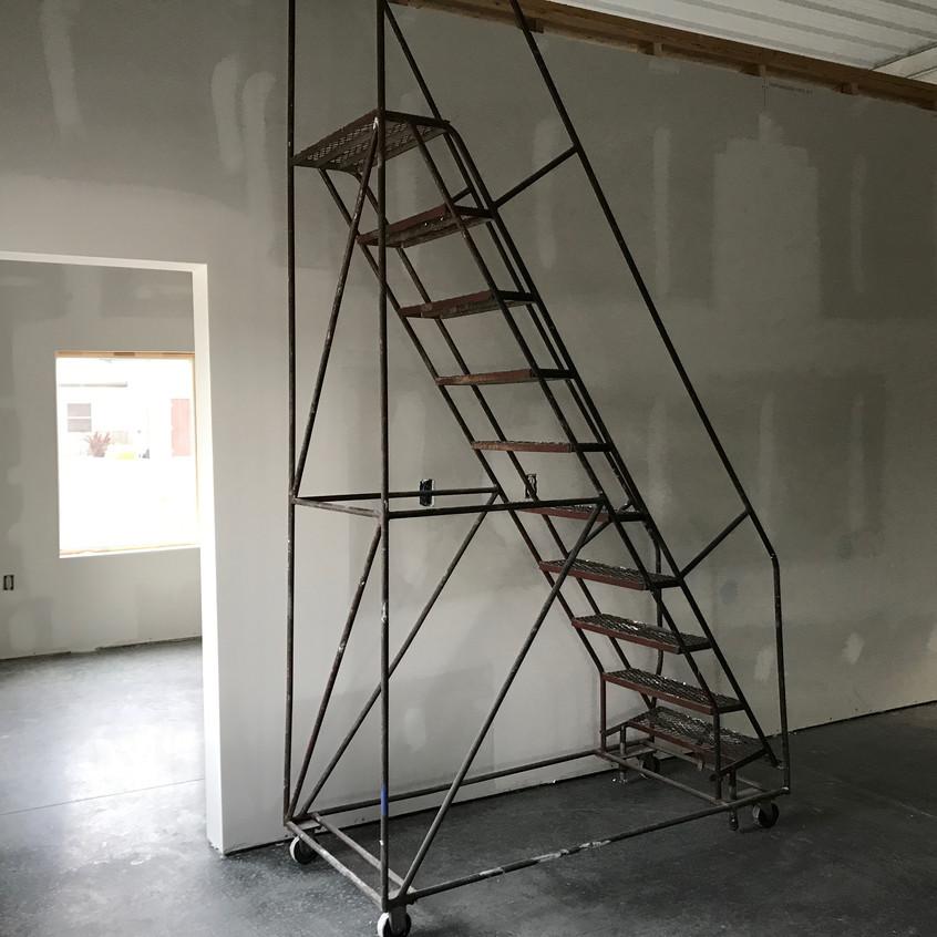 2017_09_12 Drywall finishing office