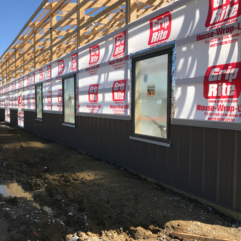 2017_05_02 Windows and accent siding