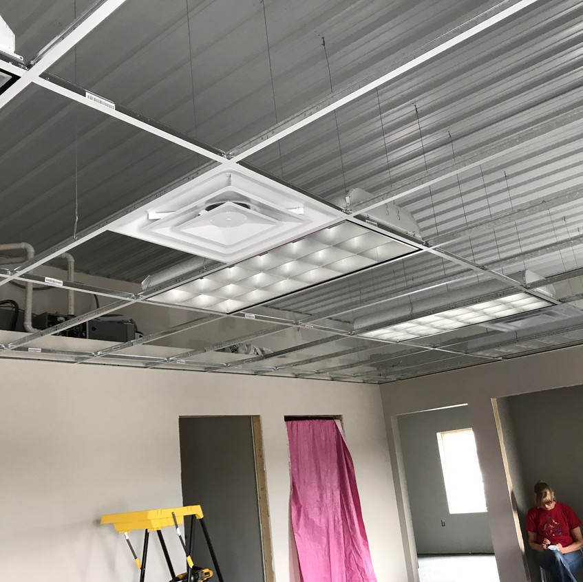 2017_10_06 Lights in the drop ceiling