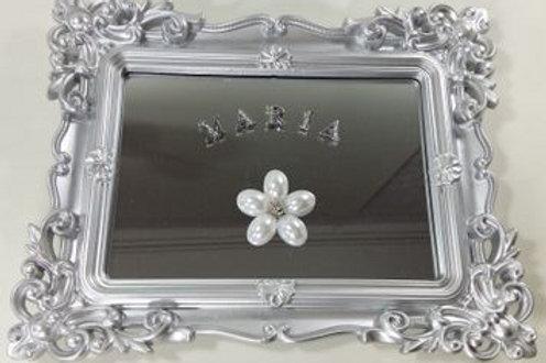 ref 225 quadro p com espelho - prata,80.00 mais 7.00 por letra do nome