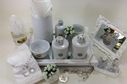 vitrine kit higiene coroa branca-band branca