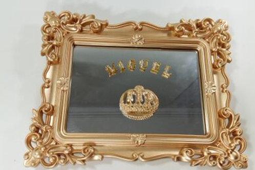 ref 224 quadro rocoó p com espelho -dourado,80.00 + 7.00 por letra do nome