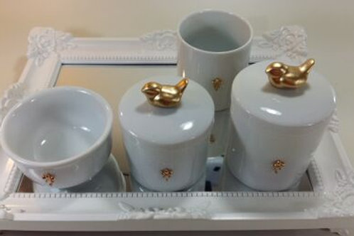 ref 245 kit higiene 4pçs passarinho dourado-band branca,passarinho porcelana