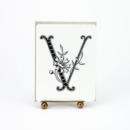 Daisy Monogram V