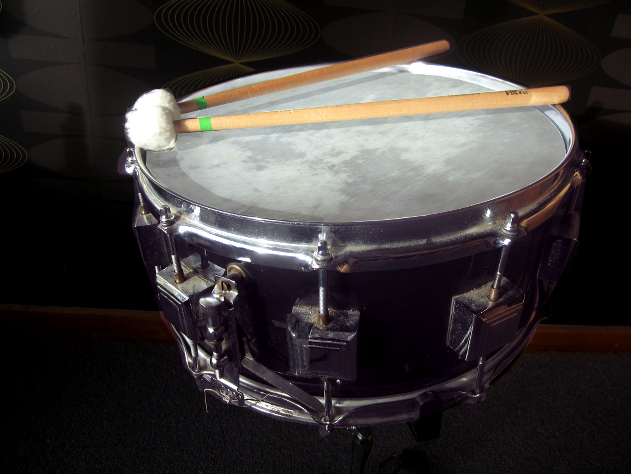 HumDrum_Snare Black.jpg