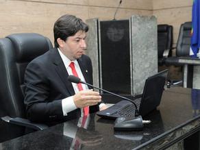 Vereador Fagner Fernandes propõe PL que proíbe uso de chicote em animais
