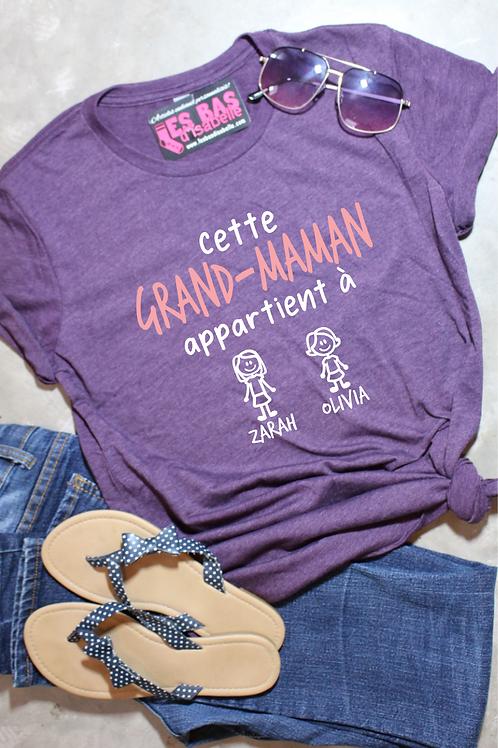 CETTE GRAND-MAMAN APPARTIENT À