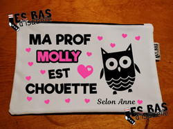 ma prof molly est chouette selon.... etu