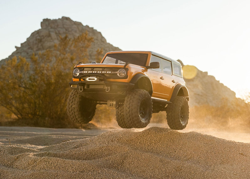 92076-4-21-Bronco-Jump-Orange-8457-RGB.j