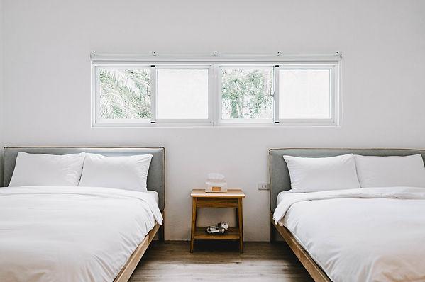 拾日 雙床四人房