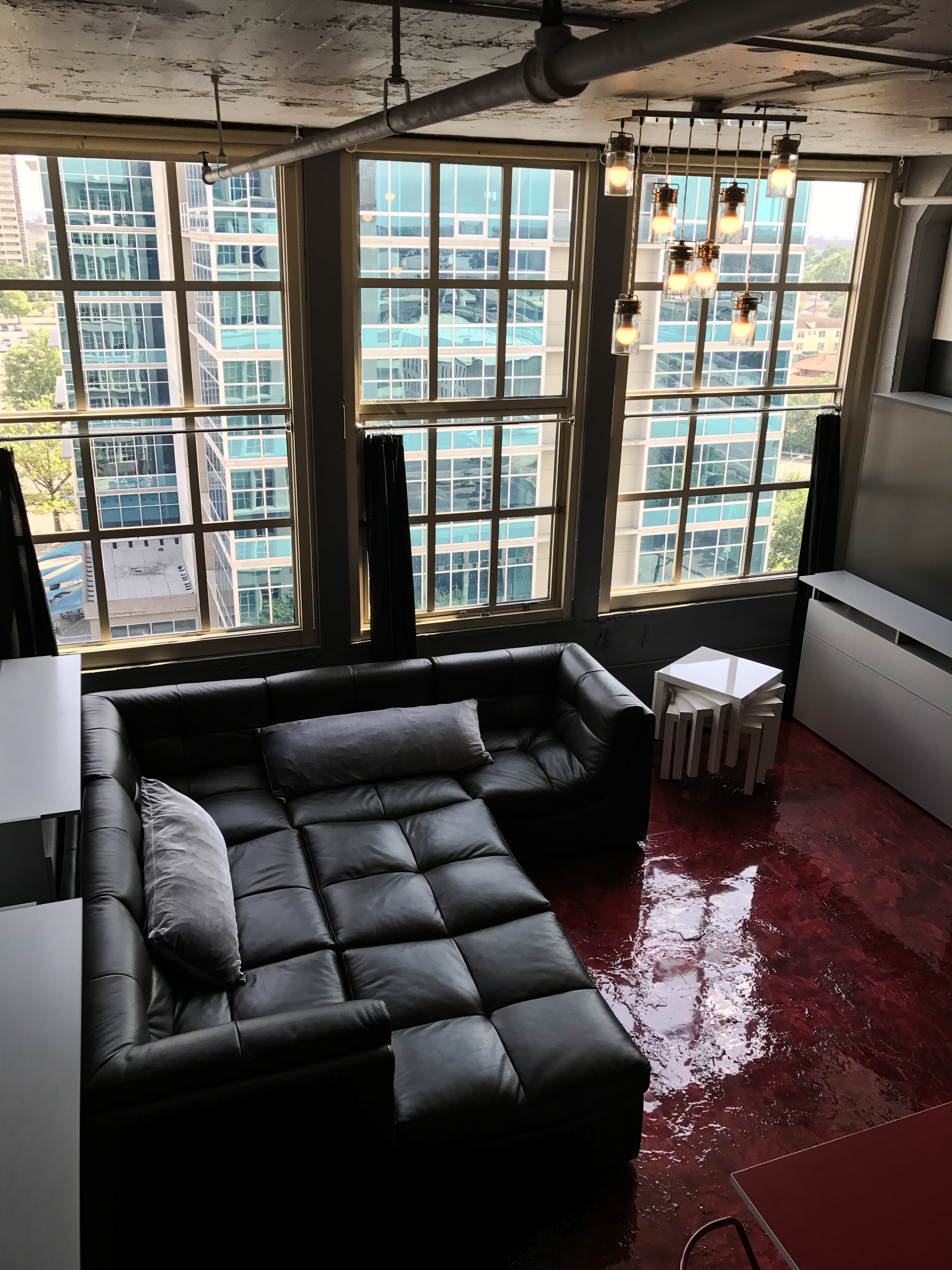 Loft Reverie Hotel 708 - Birdseye Cloud Sofa