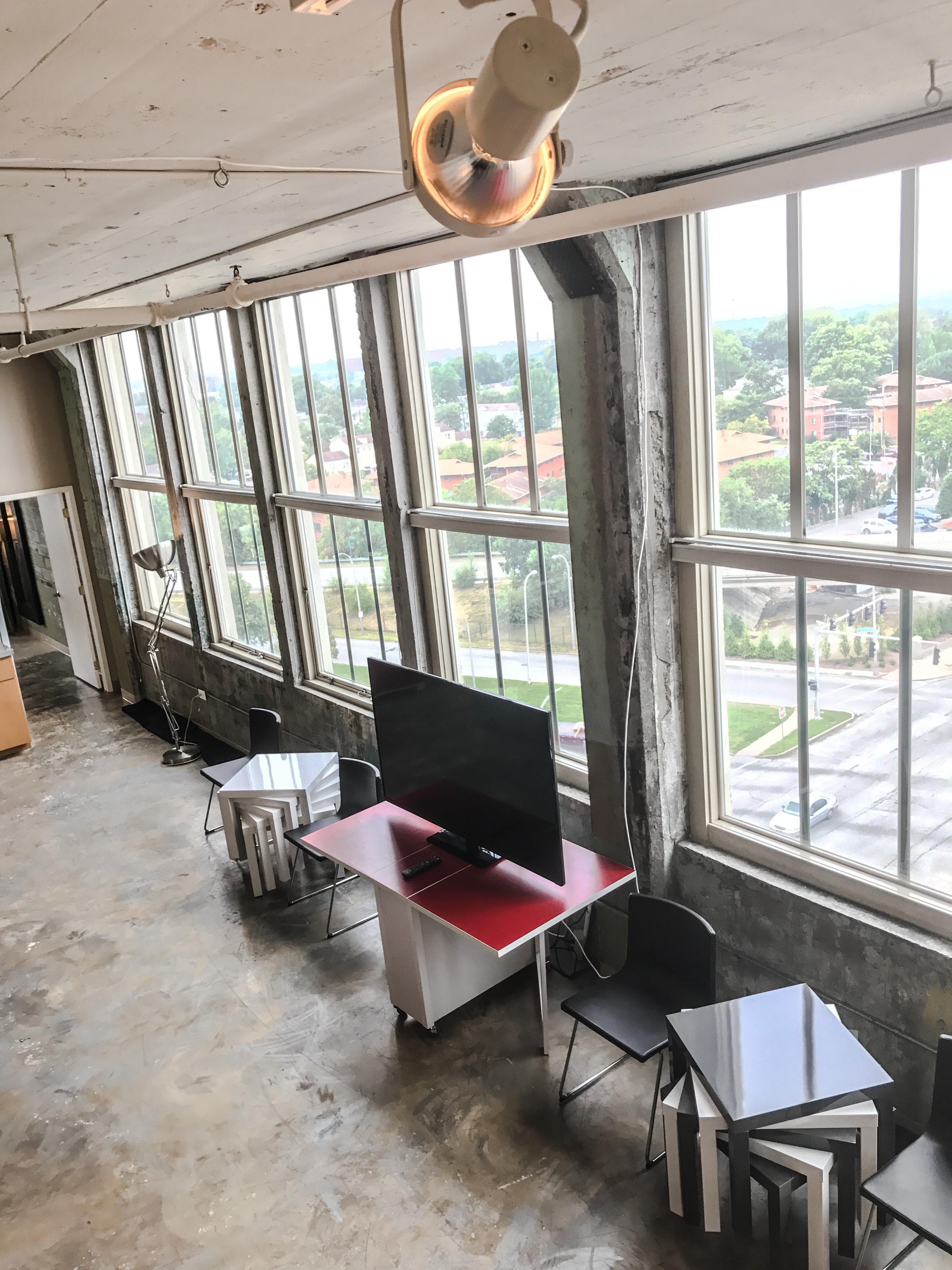 Loft Reverie Hotel 707 - TV + Views