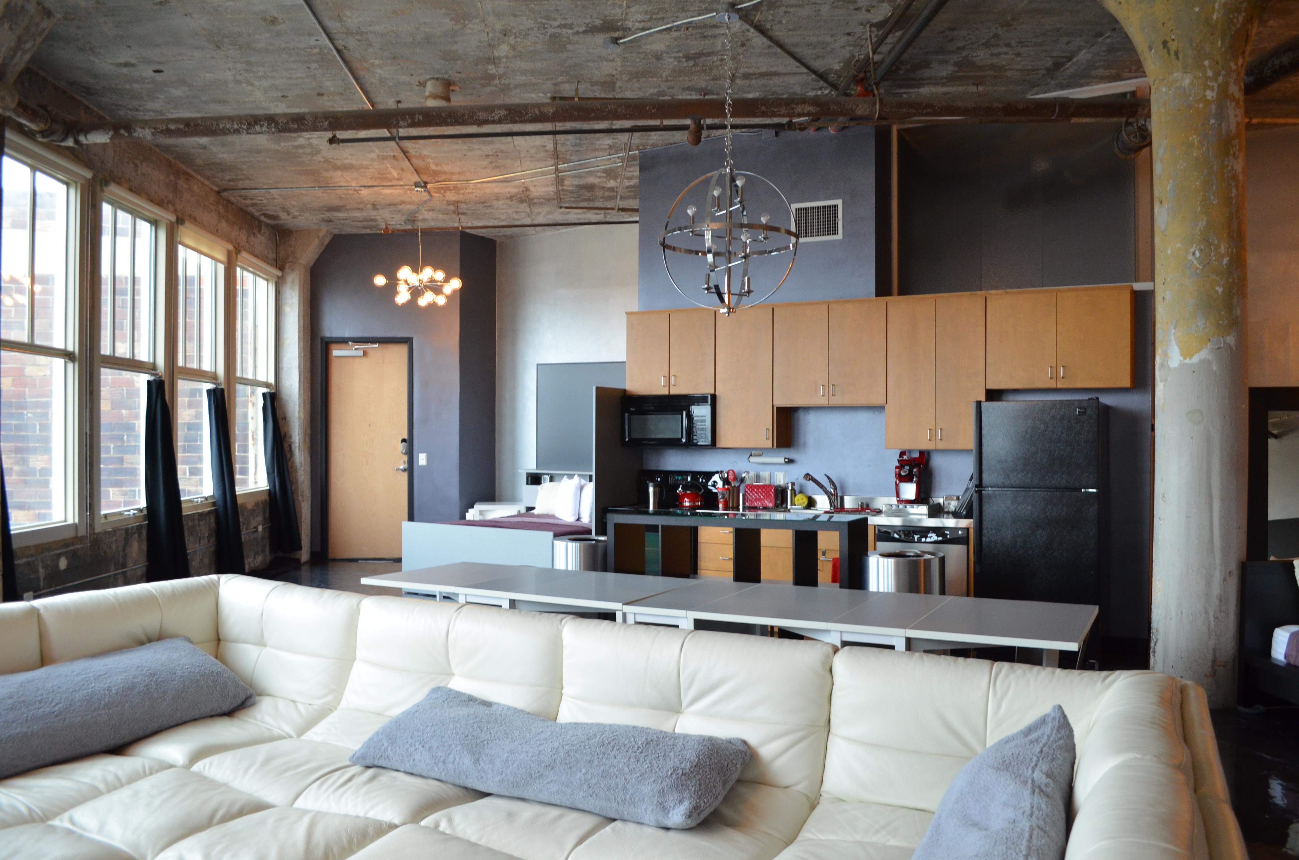 804 Sofa and Kitchen