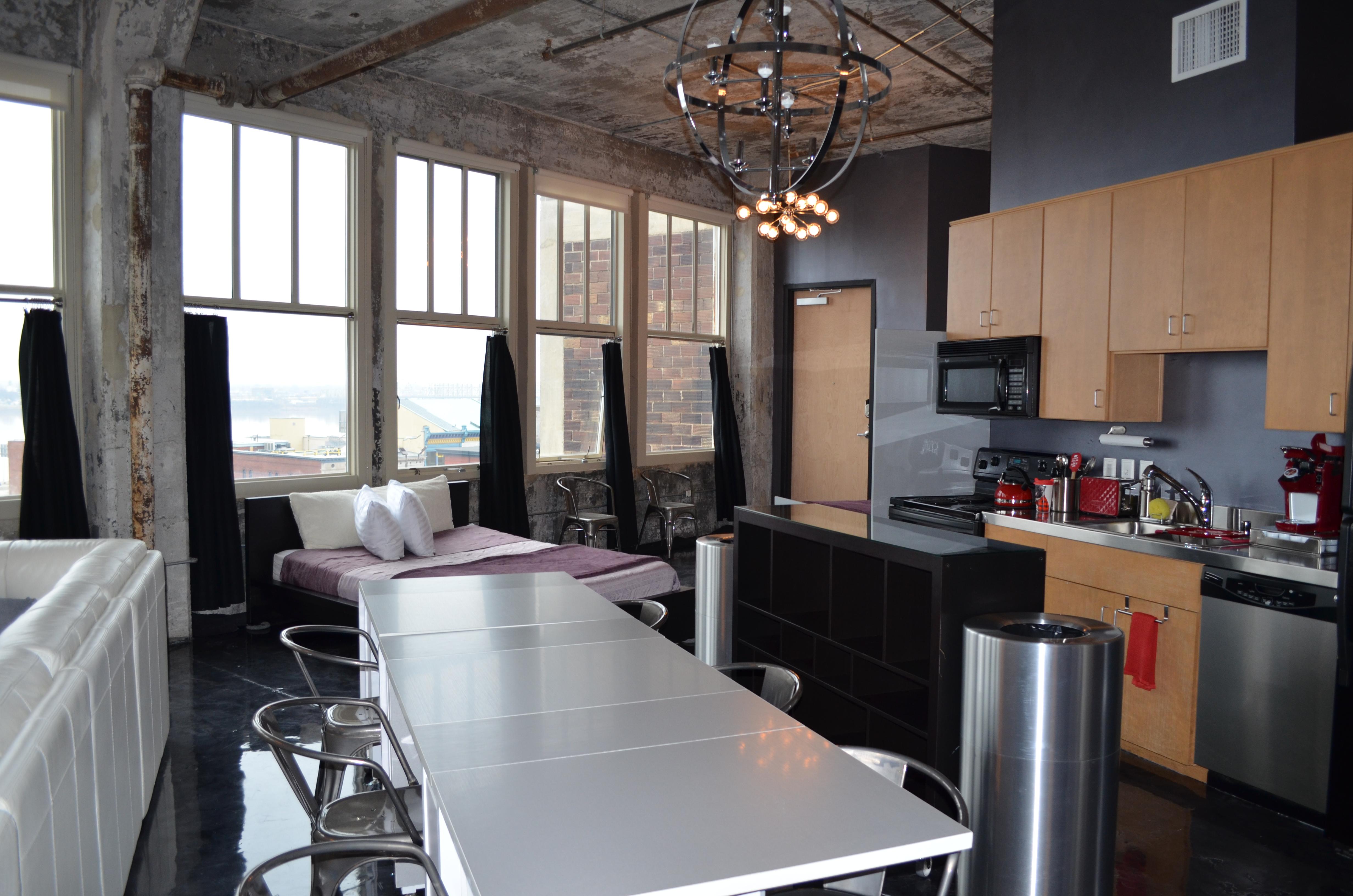 804 Kitchen