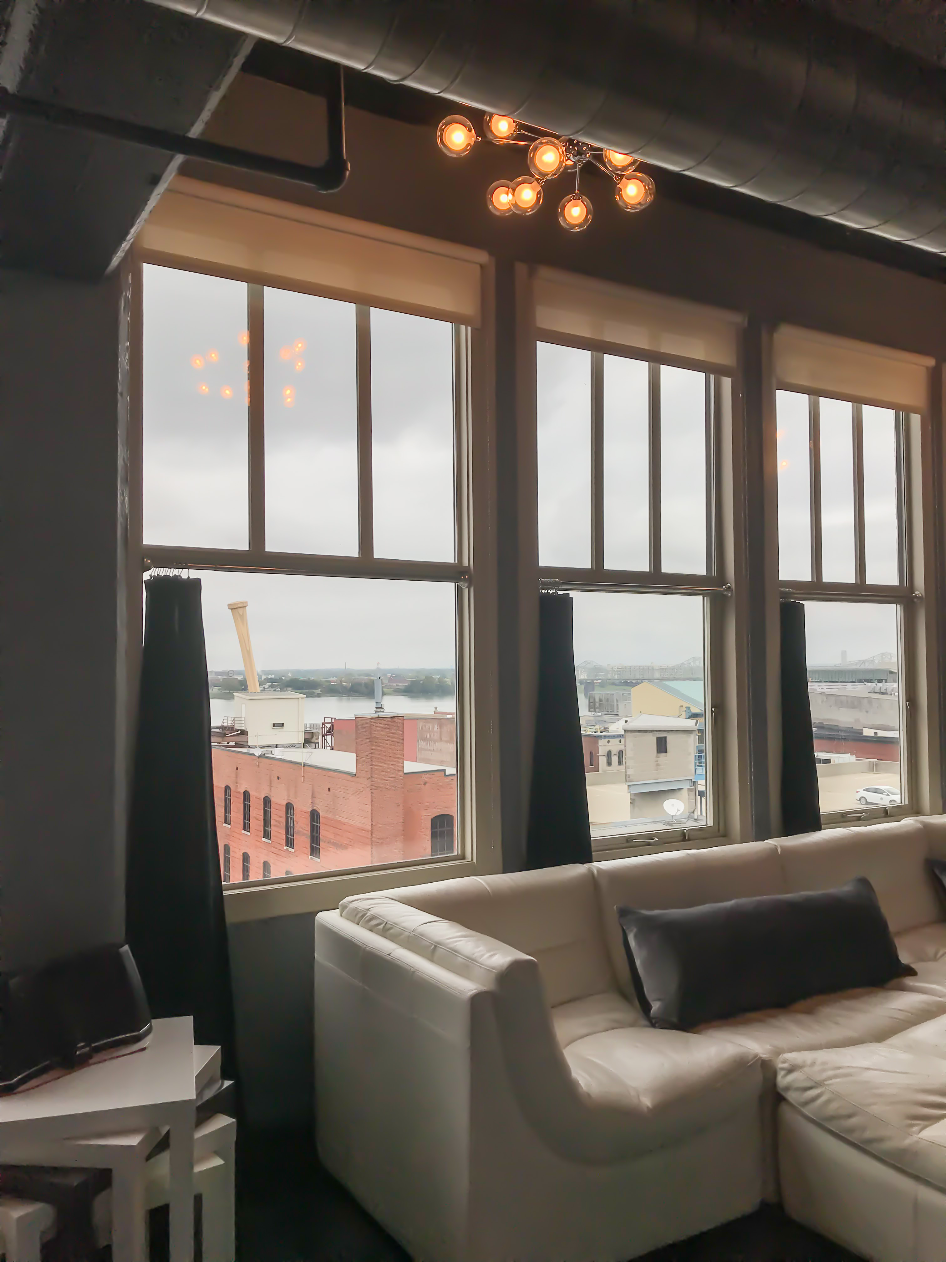 Loft Reverie Hotel 803 - Views + Louisville Slugger + Ohio River + Dreamy Views