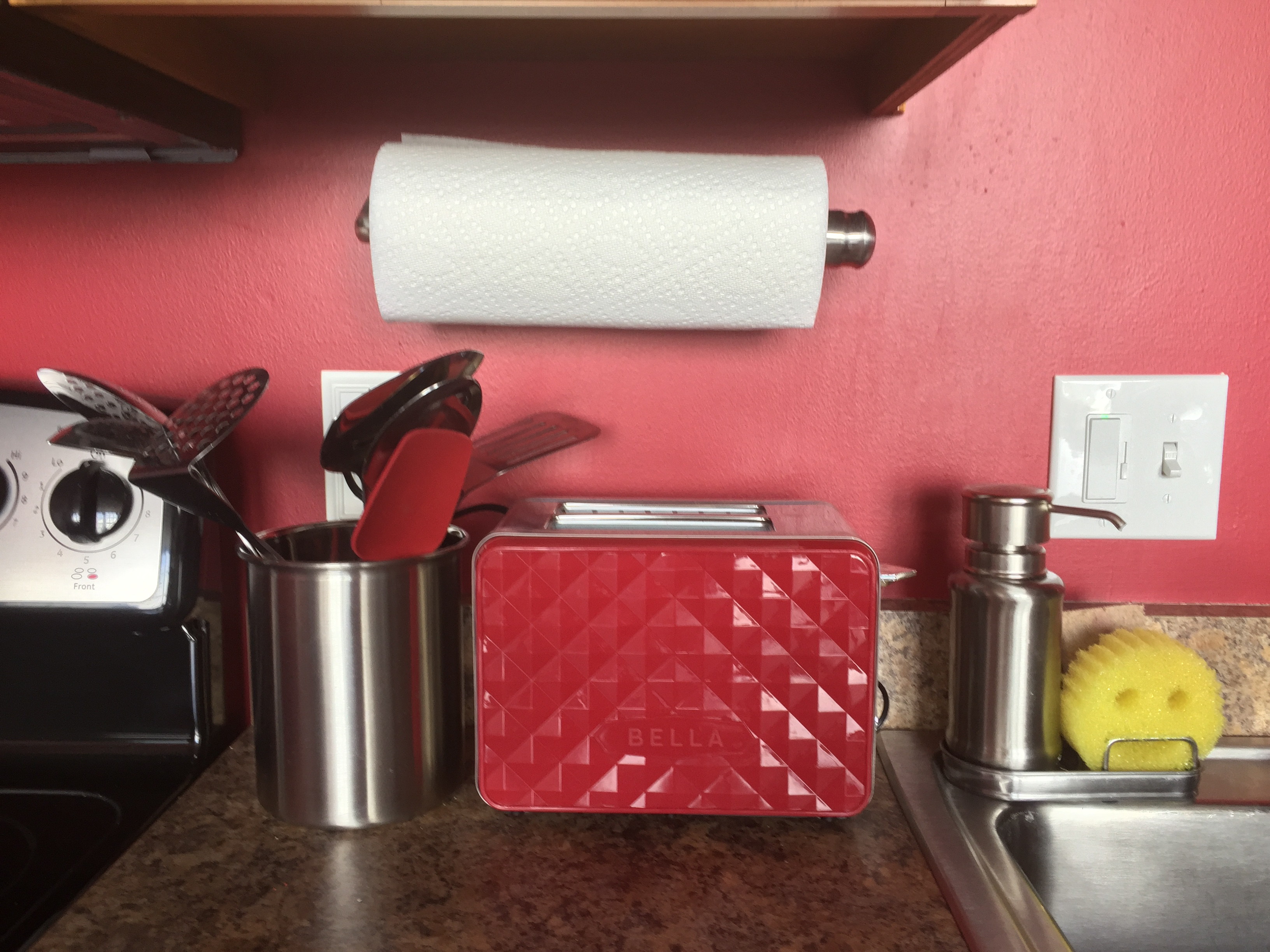Toaster Cooking Utensils Paper Towels - Loft Reverie Amenities