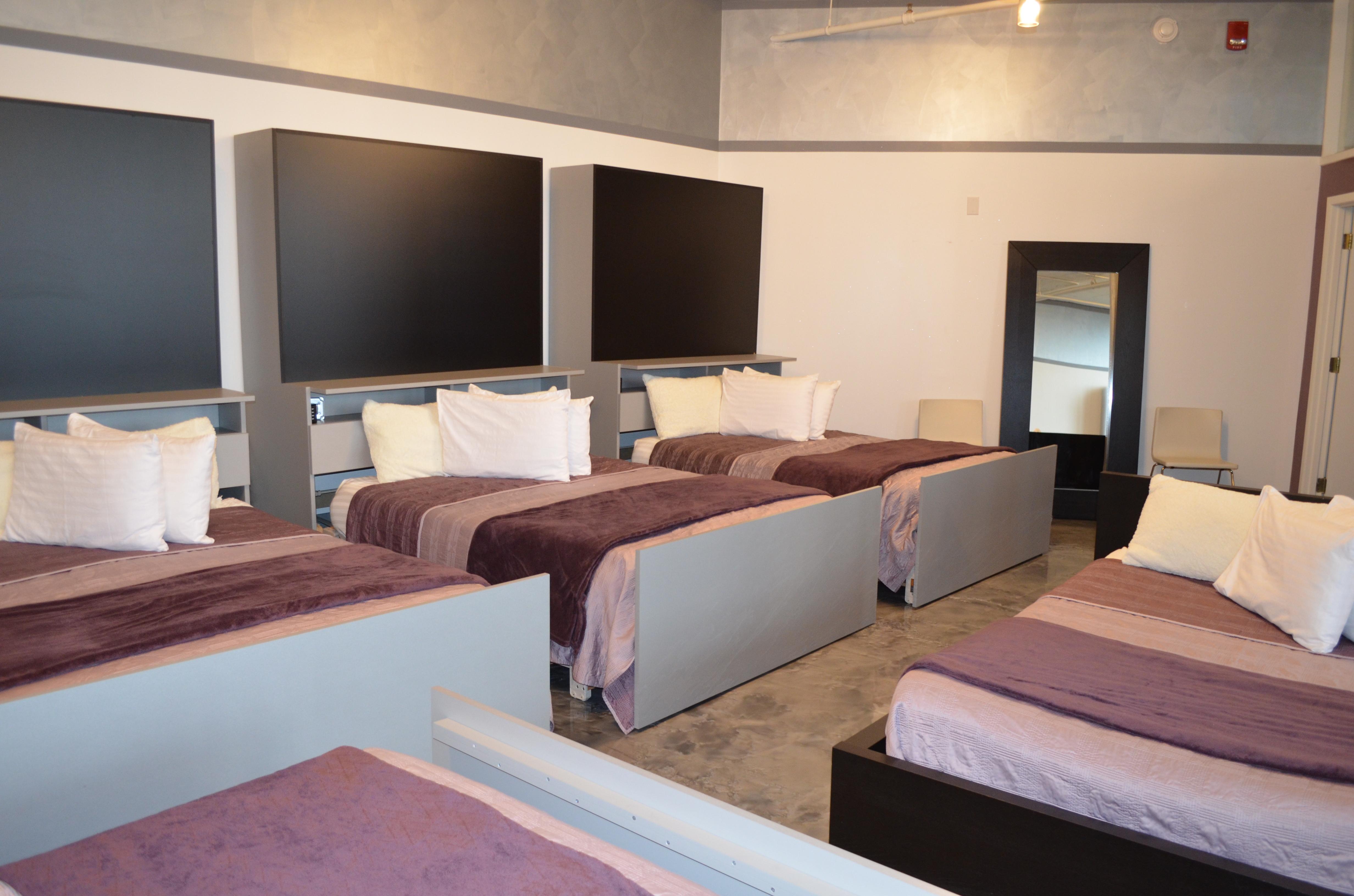 701 Beds
