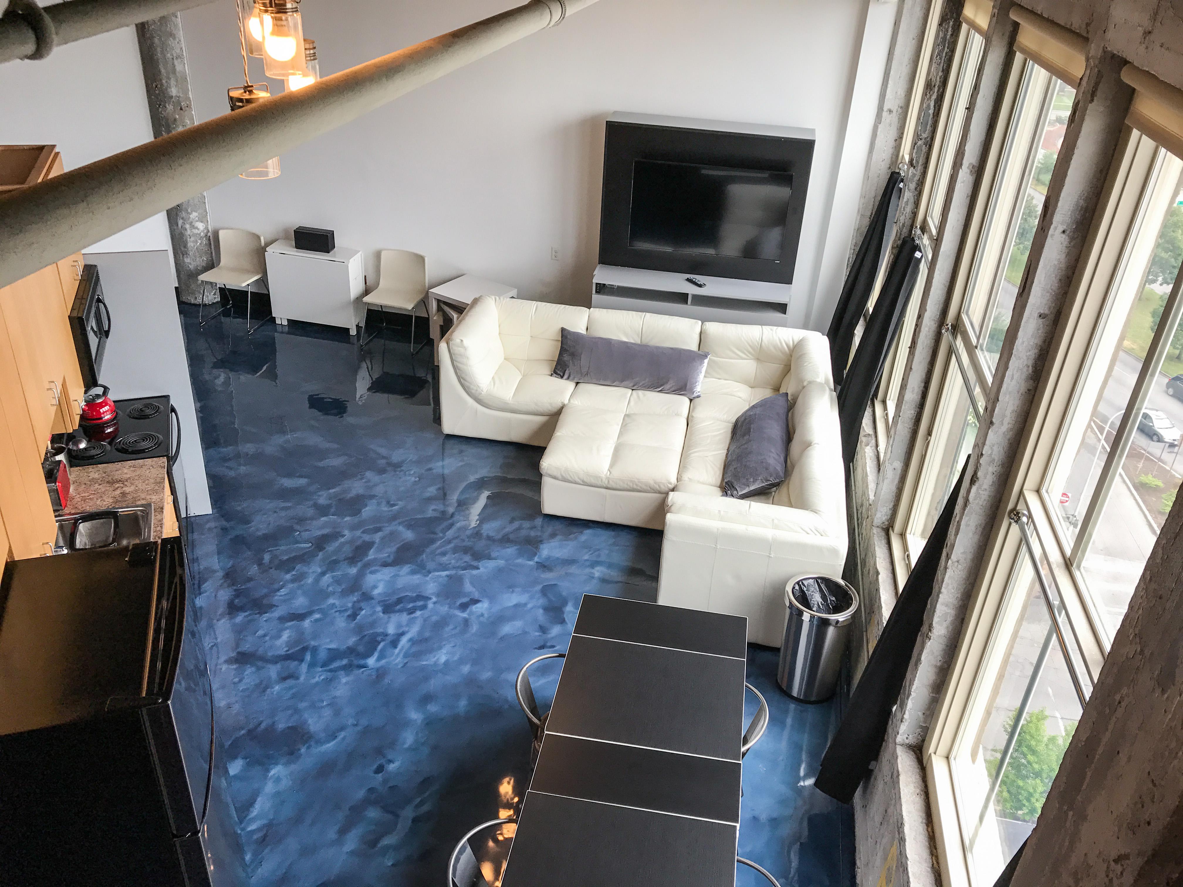 Loft Reverie Hotel 805 - A Modern Loft Hotel Downtown Louisville + Lounge Pits + Full Kitchens + HDT