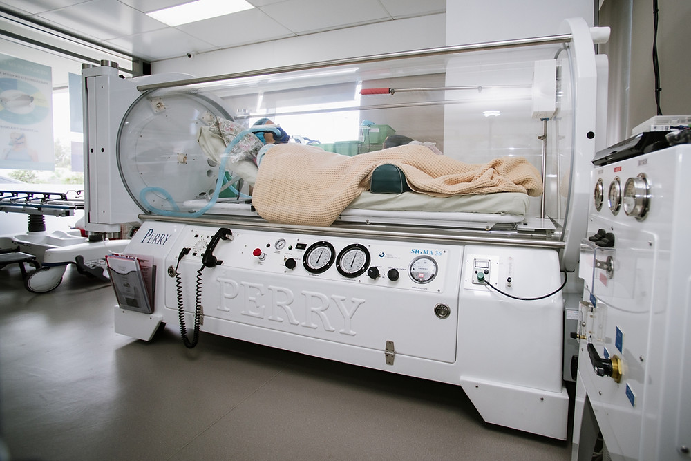 Hyperbaric Oxygen Chamber capable of delivering clinical benefits to a patient.