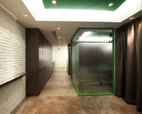 Garment studio 1,500 sq.ft.