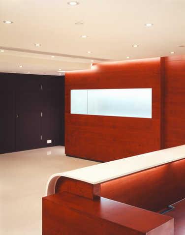 Manufacturer co. - office & showroom 10,000 sq.ft.