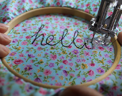 free motion embroidery Hello